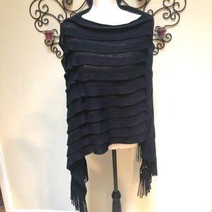 Simple but elegant poncho/shawl